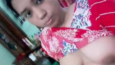 Bangladeshi Beautiful Gf Leaked Selfies By Bf Boob And Pussy Show ...